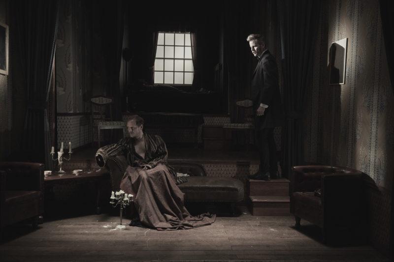 Podivuhodný případ pana Holmese #10